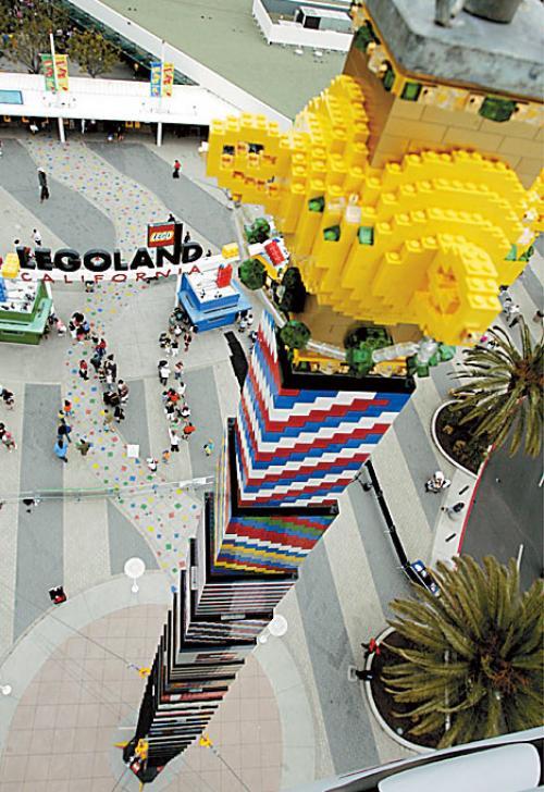 Высочайшая башня из Лего