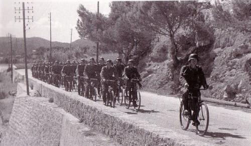 Тур Де Франс в сороковом году.