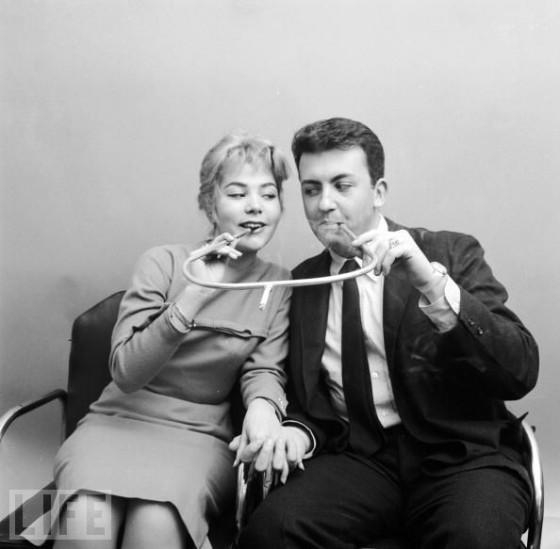 Курить вдвоем